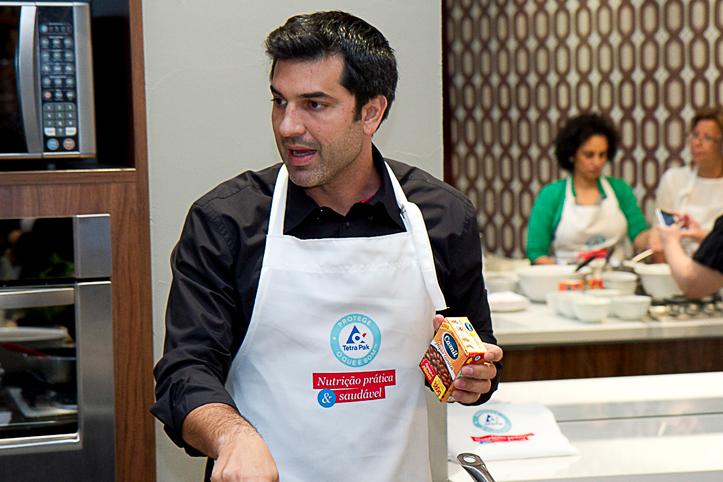 Jantar prático com o apresentador Edu Guedes