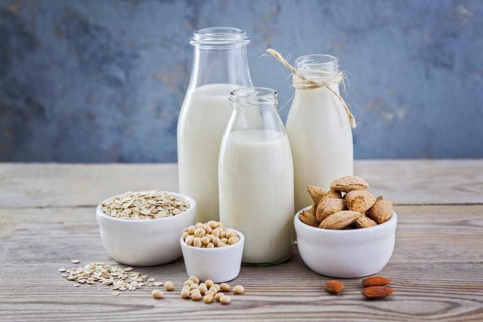 Muito além da soja: os vários tipos de leite vegetal